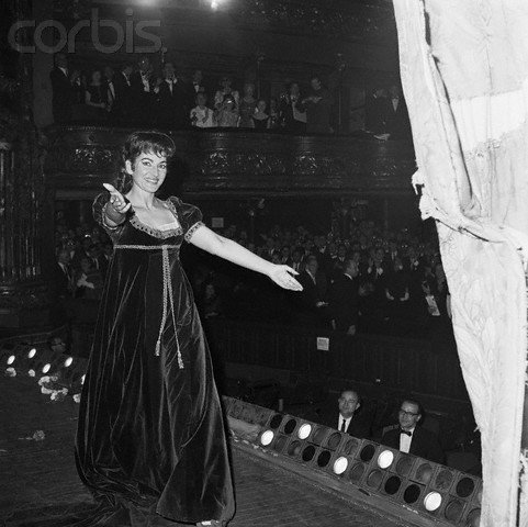 callas-tosca-from-backstage